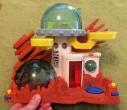 2011 Fisher Price Imaginext Alien Space Station Play Set Sci Fi Toy Collectible