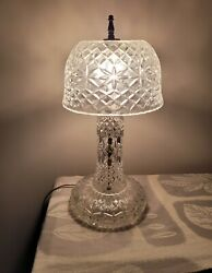 Rare Vtg Leviton Crystal Pressed Glass Table Lamp With Dome Crystal Shadeheavy