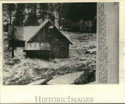 1963 Press Photo Overflowing waters from the Yuba River in Cisco California. $29.88