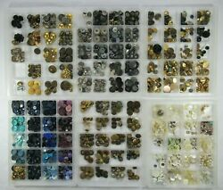 Lot Of 1800 Vintage Buttons Plastic Shell Metal Glass Mixed