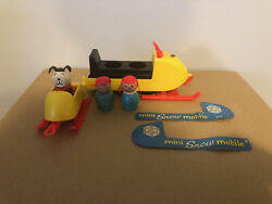 Vintage Fisher Price Little People 705 Mini Snowmobile And Wooden Figures-dog