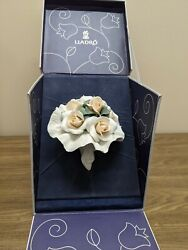 Rare Lladro 11837 Bridal Bouquet Of Flowers-limited Ed.-retired W/ Chip