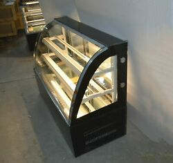 Top-grade 47.2refrigerated Cake Showcase Curved Glass Bakery Showcase Best Sale