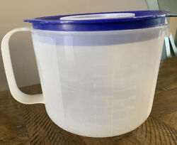 TUPPERWARE Large Mix N Stor Store Blue Seal Lettering Measuring 8 Cup 1 Qt #1629