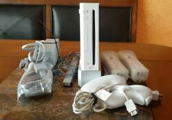 Nintendo Wii Gaming Console Sensor Cords Two Controllers/nunchucks Tested