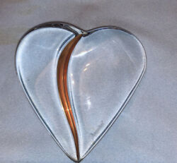 Baccarat Heart Of Passion Paper Weight With 18k Gold Thomas Bastide