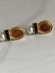 18k Vintage Yellow Gold Greek Rebival Cameo Clip Earrings Sapphires Pearl Athena