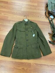 Ww1 Us Infantry Tunic Size Small With Insignia . Good Condition