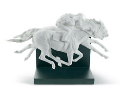 Lladro Horse Race Figurine. Limited Edition 01008515