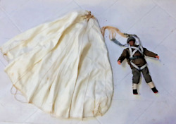 Wwii British Paratrooper With Operable Parachute 18 7 Figure 14 Parachute