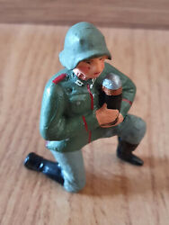 Rare Lineol German Wehrmacht Soldier On Knees With Grenade Shell Wwii