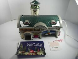 Dept 56 Snow Village Airport Retired Lighted House 1992