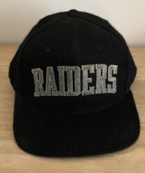 Vintage Raiders Starter Snapback Wool Embroidered Spell Out