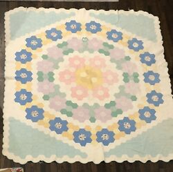 Beautiful Vintage Hand Sewn Pieced Honeycomb Quilt