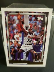 1993 Shaquille Oneal Topps Gold Rookie Card