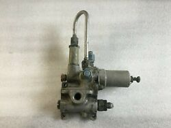 Douglas Aircraft Valve Assembly P/n 5333007-501 As Removed