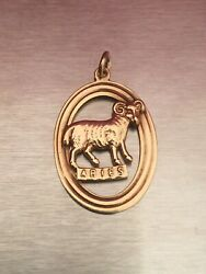 Vintage 9ct Gold Aries The Ram Zodiac Horoscope Pendant Charm Fully Hallmarked.