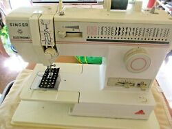 Singer Electronic Sewing Machine 140th Anniversary Model 9022 Wfoot Pedal, Case