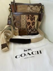 COACH Patchwork Gallery Gold Brown Signature Swingpack Crossbody Bag $39.99
