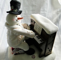 H751 Cute Snowman Playing Piano Battery Operated Music Box Plays Let It Snow