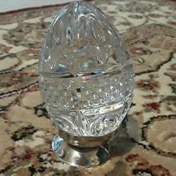 Waterford Crystal Figurine Ln Box 1997 Annual Egg On Silver Stand
