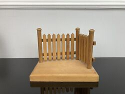 Sarahs Attic Limited Edition Porch With Fence And Wooden Platform Figurine