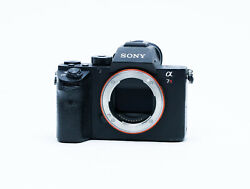 Sony A7r Ii 42.4 Mp Mirrorless Camera Pro Workhorse Read Notes
