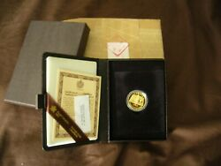 1982 100 Patriation Of The Canadian Constitution - 22-kt. Gold Coin