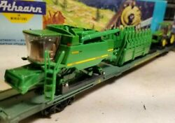 Athearn John Deere Ho 86and039 Flat Car For Train Set With Combine And Tractor Load