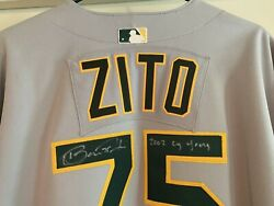 Barry Zito Signed Auto Autograph Oakland Aand039s 2002 Game Used Jersey Coa Cy Young