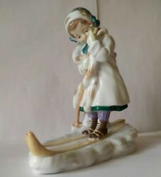 Meissen Figur Girl Skiing 2011 Model 73661 Limited Collection