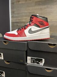 Nike Air Jordan 1 Mid Shoes Chicago 2020 Red White Black 554724-173 Size 12