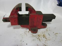 Morgan Chicago 40 4.0 Inch Vise Fixed Base Missing Part Of The Screw Cover