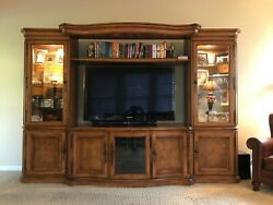 Thomasville Hills Of Tuscany Collection Entertainment Center And End Table