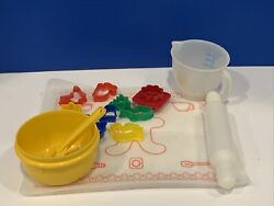 Tupperware Toys Mini Mix It Childrenand039s Mixing Set Vintage Cook Bake Complete