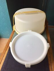 Vtg Tupperware Maxi Round Cake Pie Taker Carrier Handle And Pie Stacker 1256