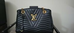 Louis Vuitton handbags authentic limited edition used $1800.00