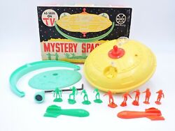 Marx Mystery Space Ship Playset With Figures Not Working Vintage 1960s Toy Ufo