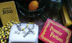 Promise Portions Vintage Pocket Size Bible Verses By Dickson's Inc. Rosary Book
