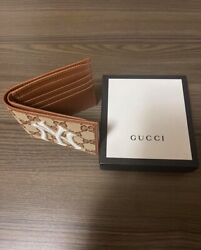 gucci wallet yankee collection wallet
