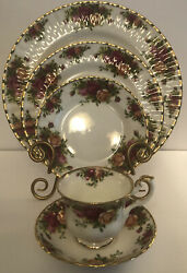 Royal Albert Bone China Old Country Roses England Two 5 Piece Place Settings