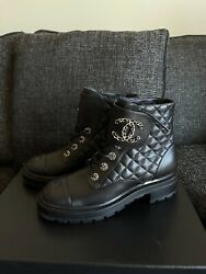 New Black Leather Combat 39.5/9.5boots Shoes Brooch Motto Lace Quilt Gold