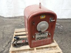 Lincoln Electric Ideal Arc 250/250-250 Arc Welder 250 Amps 05211040035