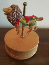 Music Box With Lion 5 Tall Plays Carousel Waltz Lion Rotates