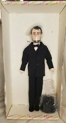 Vtg Effanbee The Presidents Collection 7902 Abraham Lincoln 17 Vinyl Doll 1983