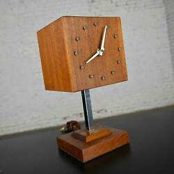 Mcm Walnut And Chrome Cube Clock Lamp By V. H. Woolums Style Howard Miller Clocks