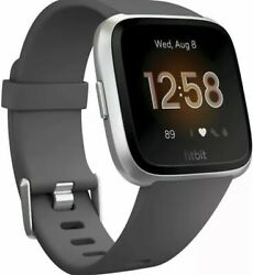 Fitbit Versa Lite Smartwatch Charcoal/silver Aluminum One Size Sandl Band Included
