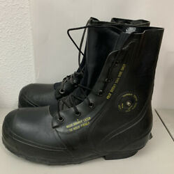 Vintage Bata Men's 12r Mickey Mouse Extreme Cold Weather Rubber Boots