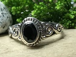 Sterling Silver .925 W/ Black Stone Ring Womenandrsquos Size 6.5 Antique Design 🖤 B