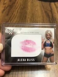Alexa Bliss Kiss Card Topps Wwe 2017 Authentic Relic /99